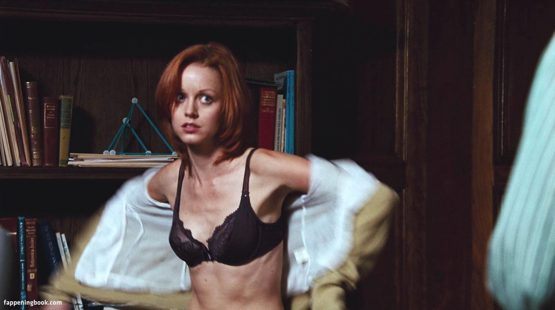 Lindy Booth Xxx photo 24