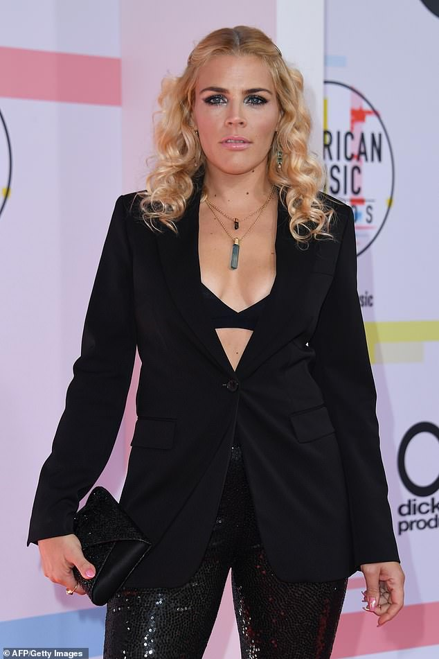 Busy Philipps Cleavage photo 28
