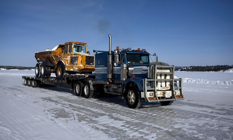 Ice Road Truckers Hot Chick photo 22
