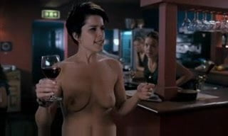 Neve Campbell Nude Videos photo 9