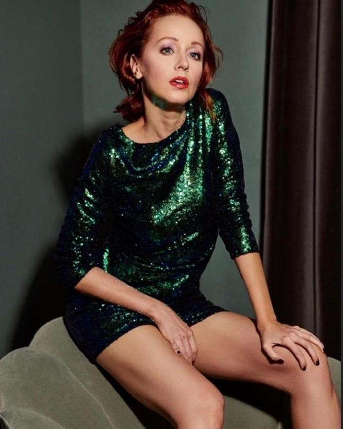 Lindy Booth Pics photo 17