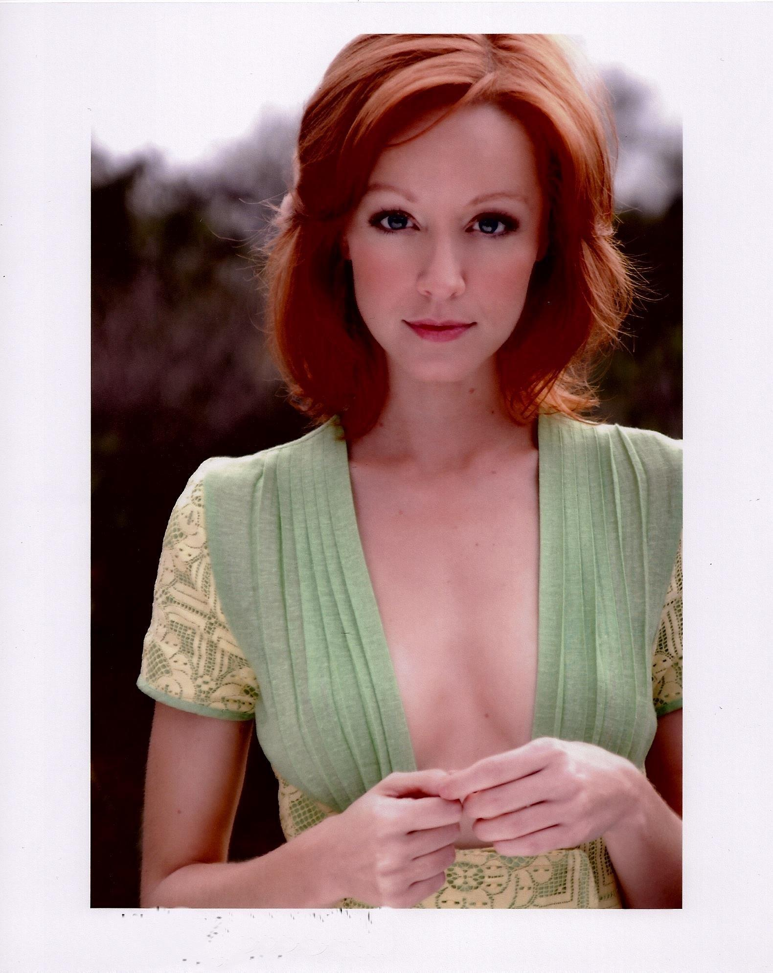 Lindy Booth Xxx photo 9