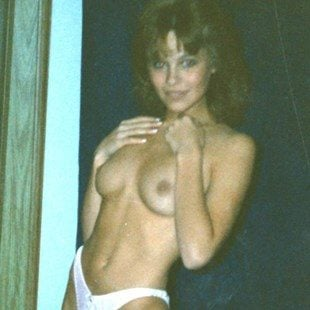 Pam Anderson Naked Photo photo 14