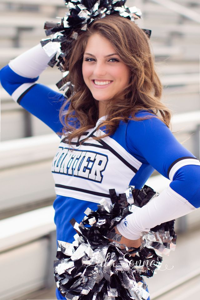 Poses For Cheer Pictures photo 14
