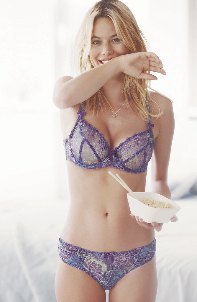 Camille Rowe Sexy photo 25