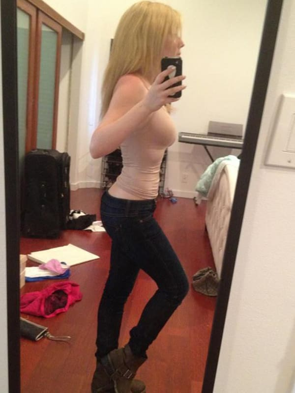 Jennette Mccurdy Nude Pictures photo 19