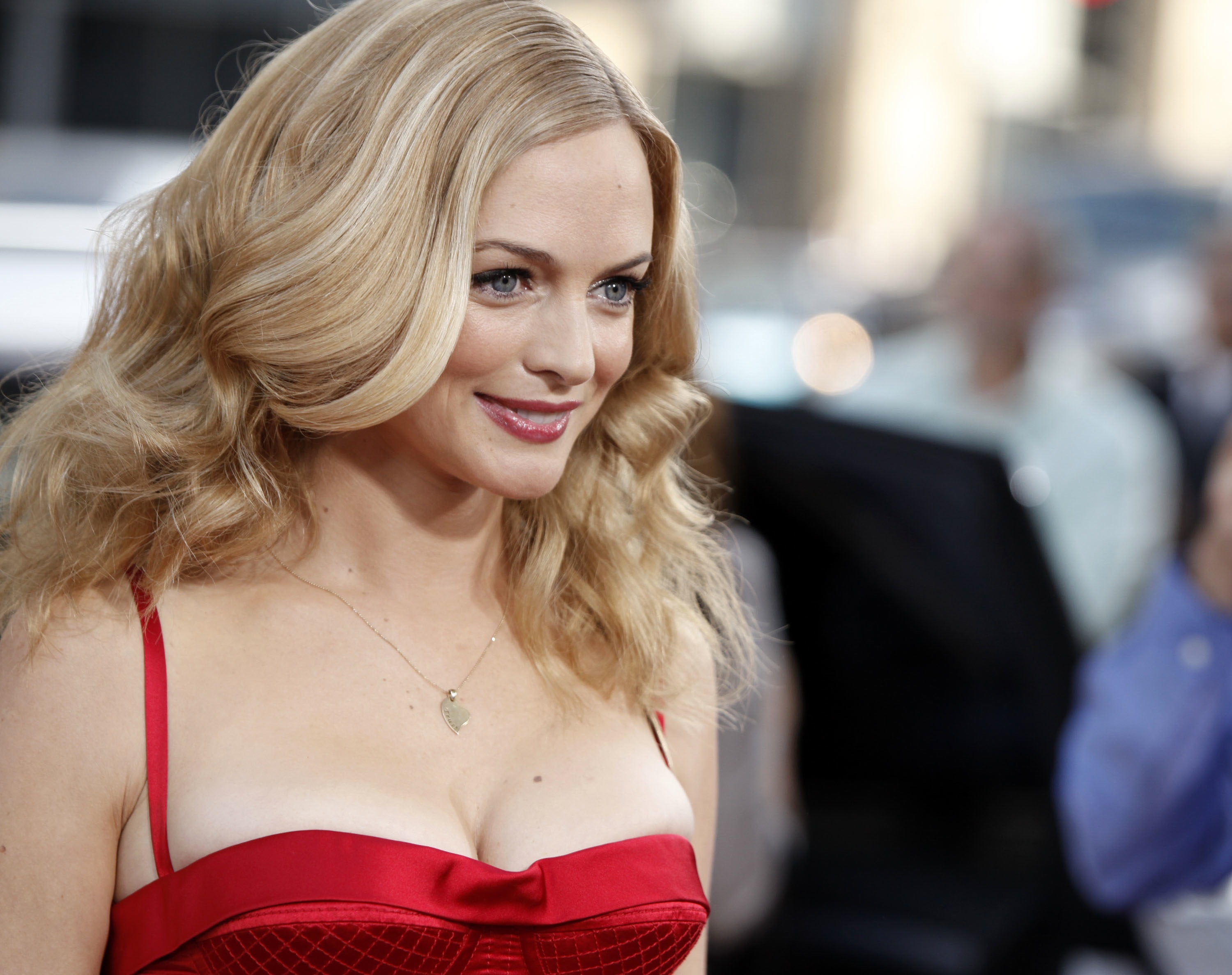 Hot Celebrity Cleavage photo 22