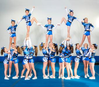 Poses For Cheer Pictures photo 30