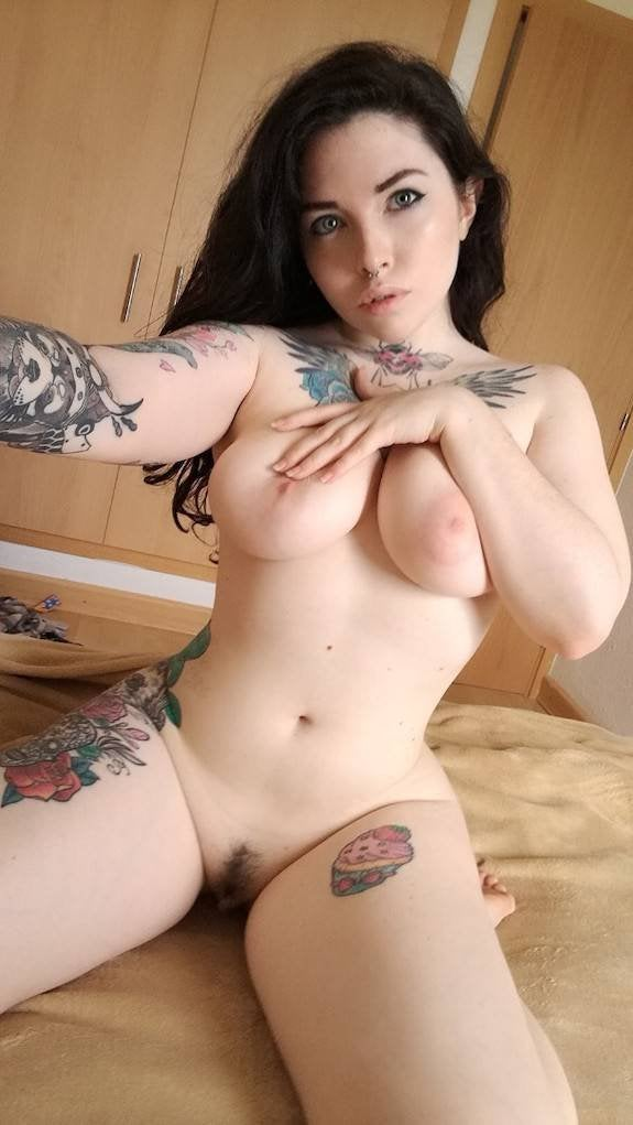 Voly Suicide Girl photo 21